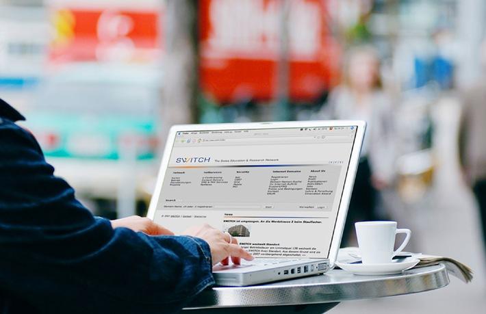 Drahtlos ins Internet - jetzt auch an Schweizer Hochschulen