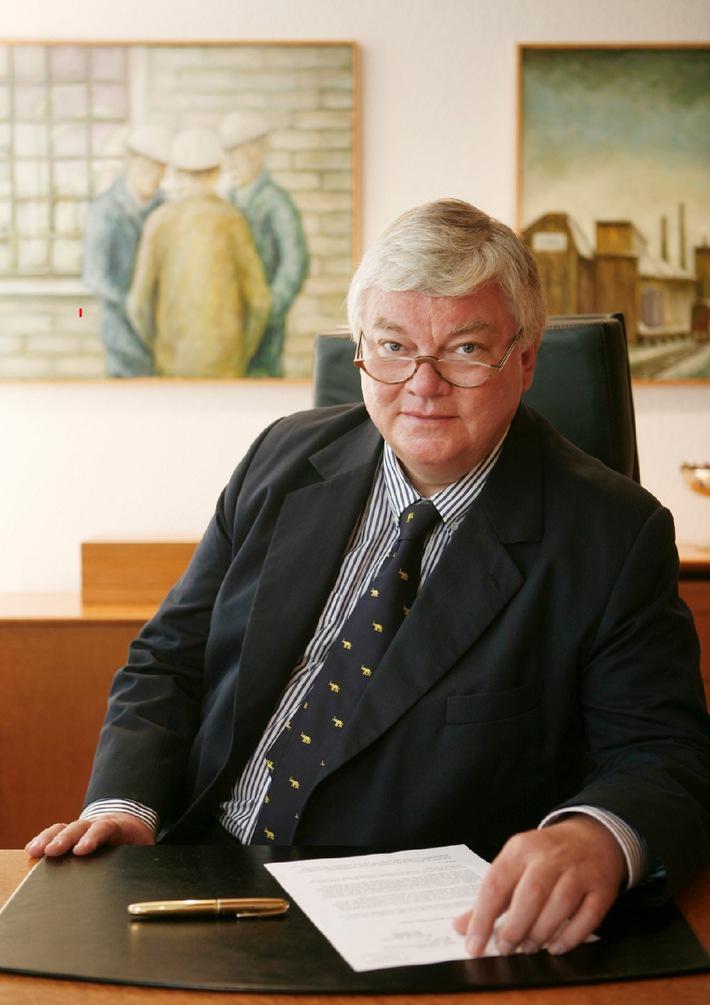 Christian Nienhaus beginnt am 1. Juli als Geschäftsführer der WAZ Mediengruppe / Doppelspitze mit Bodo Hombach