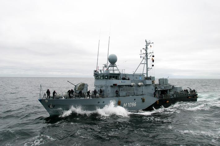 Marine - Pressemitteilung / Pressetermin: Auslaufen zum NATO-Einsatz