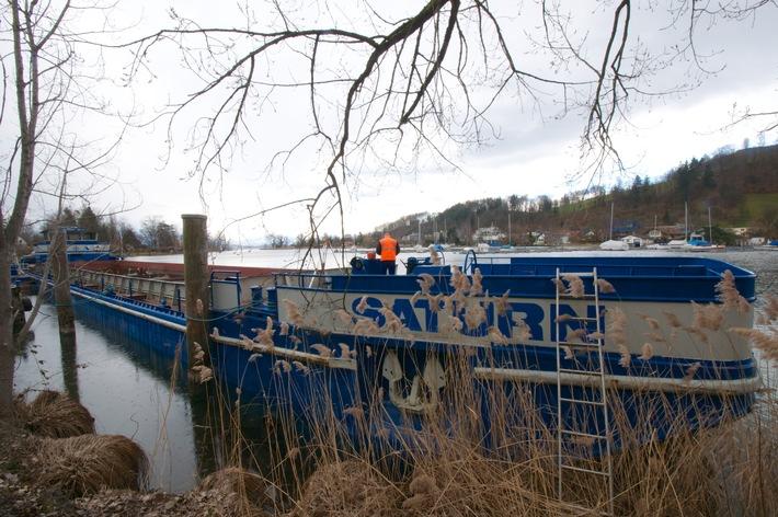 Pestalozzi fait transformer un navire de charge zurichois en bateau de gala / Les 250 ans de Pestalozzi + Co AG seront célébrés sur le lac de Zurich (Image)