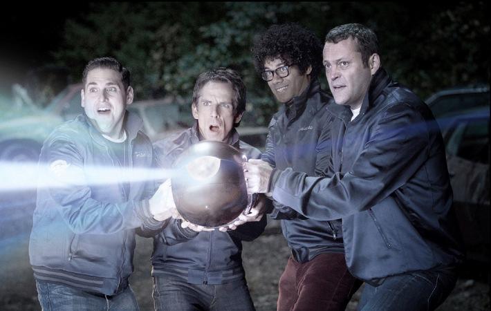 """Ben Stiller sieht kleine, grüne Männchen in """"The Watch"""" am 17. August 2014 auf ProSieben"""