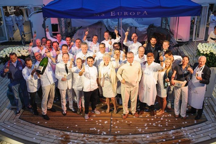 """MS EUROPA: """"White Night"""" bei der Hamburger Gourmetnacht"""