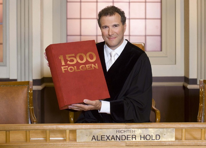 """Richter Alexander Hold"" feiert Jubiläum! / Ausstrahlung der 1500. Sendung am Montag, 19. Oktober 2009, 16 Uhr in SAT.1"
