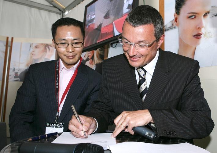 TAG Heuer, offizieller Zeitnehmer und Lieferant des China Team für den America's Cup 2007