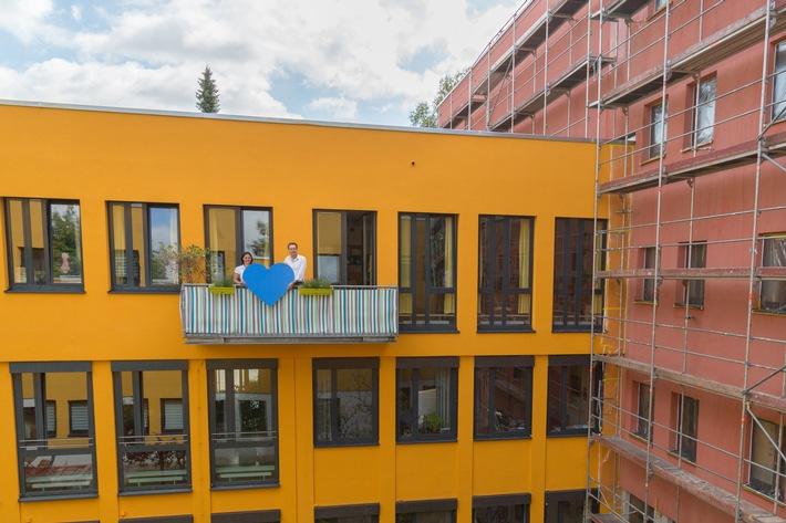 CHECK24 unterstützt Renovierung des Kinderheims Salberghaus in München
