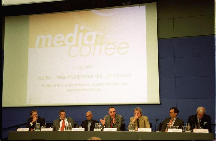 Rekordbeteiligung: media coffee von news aktuell zum Thema Lobbyismus