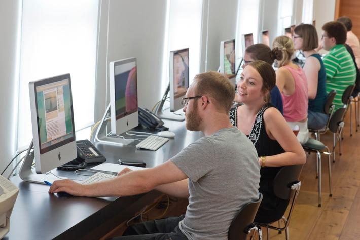 Programmieren für Journalisten - neues Coding-Bootcamp startet im April