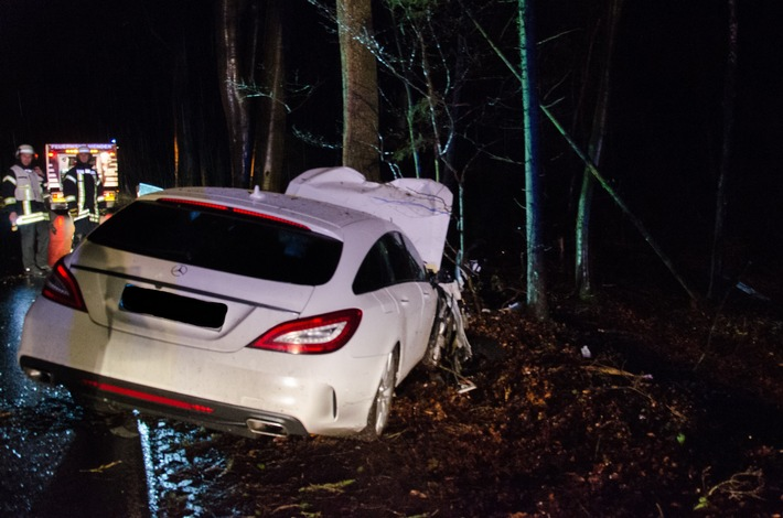 FW Menden: Verkehrsunfall in Menden