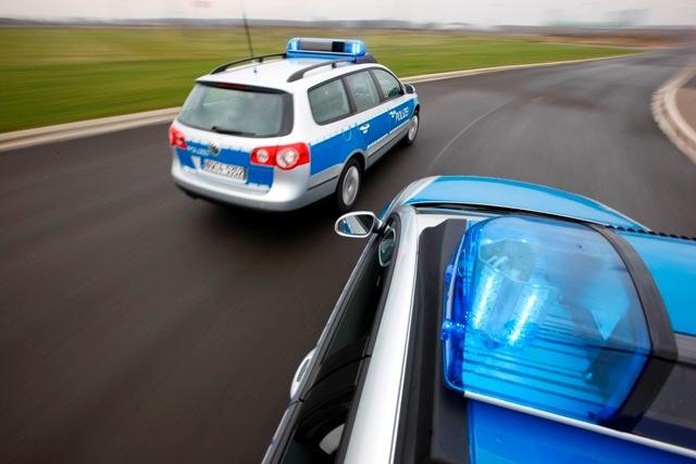 POL-REK: Betrunken gegen eine Ampel gefahren - Frechen