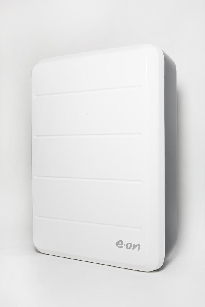 E.ON startet mit dem Verkauf seines Stromspeichers in Deutschland / E.ON Aura: Komplettpaket aus Photovoltaikanlage, Speicher, Energie-App und Öko-Strom