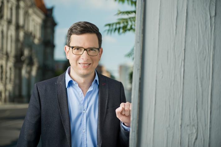 """""""Geschichte treffen"""": Erste Staffel des Presenter-Formats mit Wolf-Christian Ulrich in ZDFinfo"""