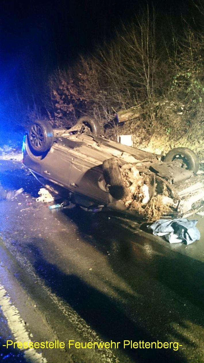 FW-PL: Ölspur, Notfalltüröffnung, schwerer Verkehrsunfall