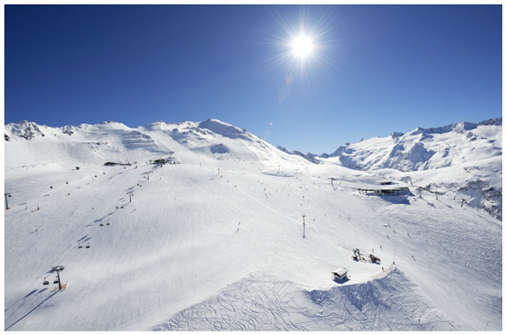 Verdiente Verschnaufpause für den deutschen Skistar Fritz Dopfer im Ötztaler Obergurgl/Hochgurgl - ANHÄNGE