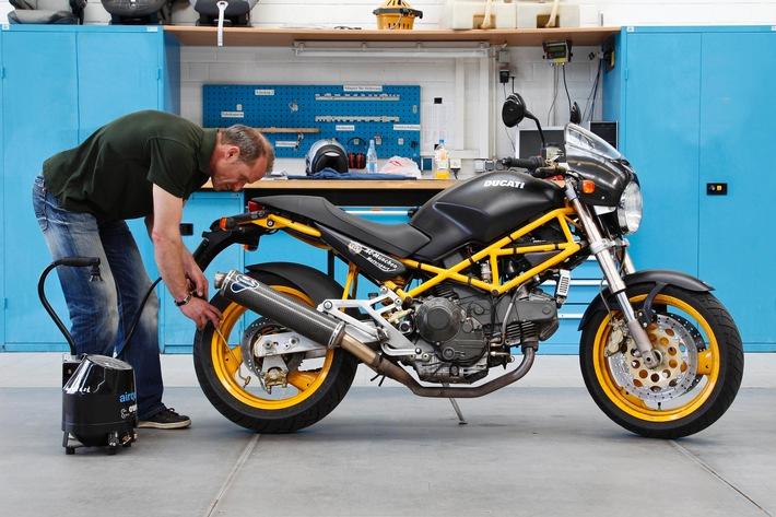 Motorrad-Check erhöht die Sicherheit / Was Biker vor jeder Fahrt beachten sollten