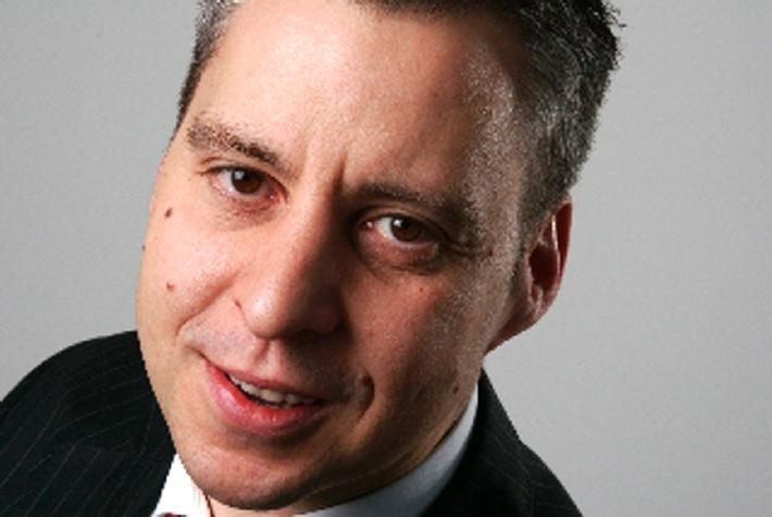 Neuer Geschäftsführer bei Inapa Schweiz AG: Marco Giuoco tritt per 01.01.2010 die Nachfolge von Erich Häuptli an