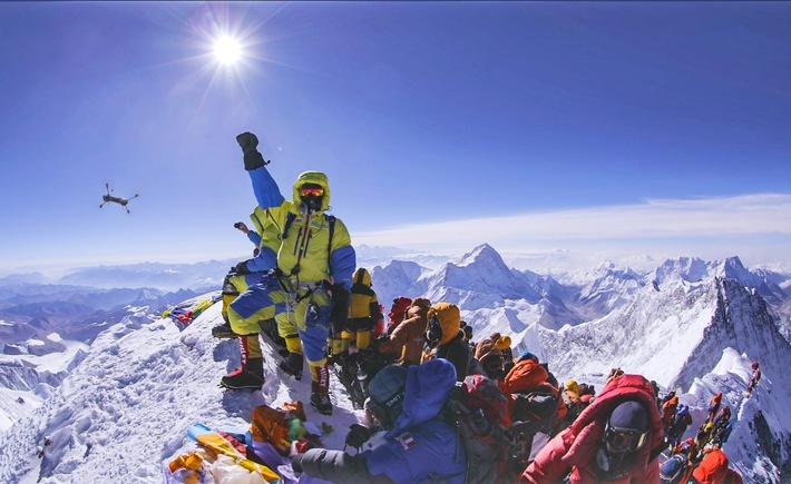 """ProSieben MAXX auf dem Dach der Welt: Event-Doku """"Everest: Mission Weltrekord"""" am Montag, 3. Oktober 2016, 20:15 Uhr"""