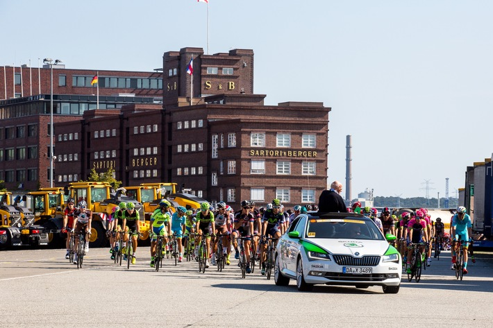 SKODA bei den EuroEyes Cyclassics: Radsport-Highlight in Hamburg