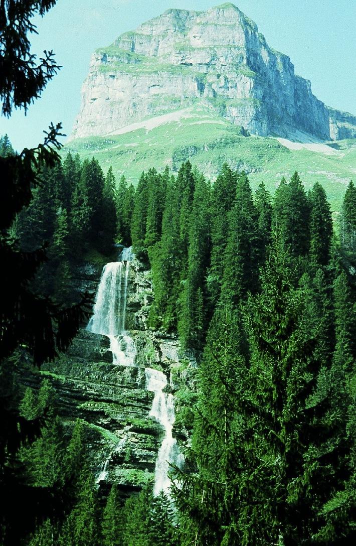 Die Schweizer Patenschaft hilft finanzschwachen Berggemeinden
