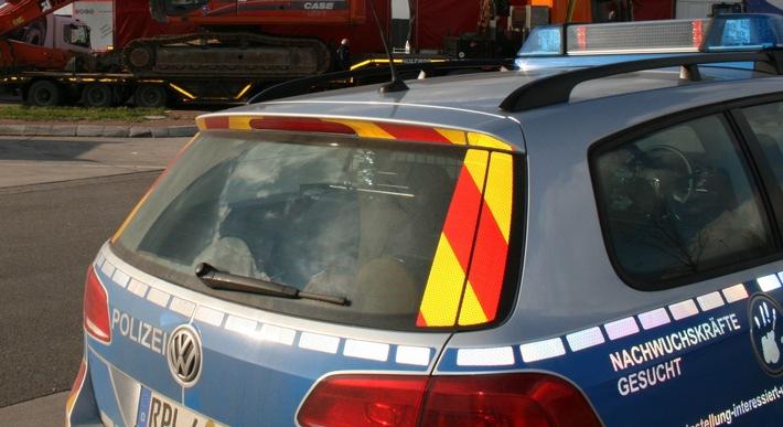 POL-PDNW: Geisterfahrerin durch Autobahnpolizei gestoppt