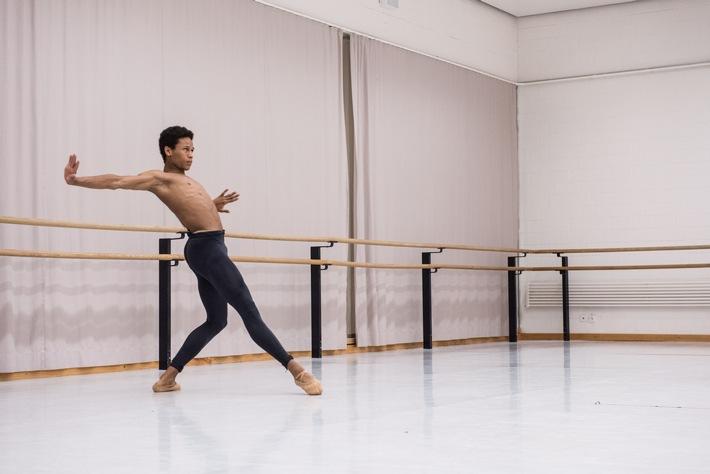 Pour-cent culturel Migros: concours de danse 2017 / La fine fleur des jeunes danseurs suisses remporte 86 400 francs