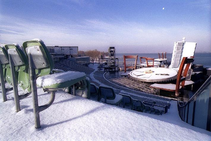Paris am See: Winterpracht auf der weltgrössten Seebühne.