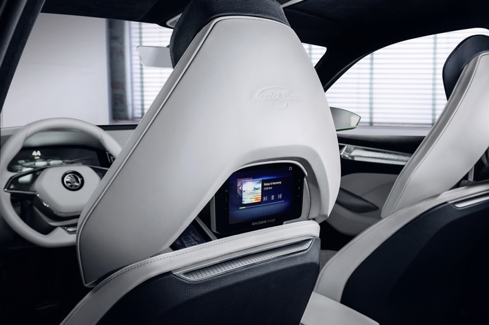 SKODA Showcar VisionS feiert Weltpremiere auf der Volkswagen Group Night in Genf
