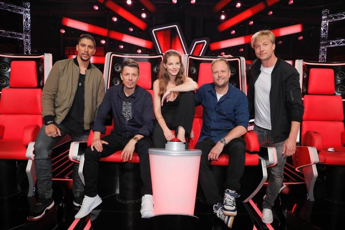 """""""The Voice of Germany"""" wird befördert! SAT.1 zeigt Deutschlands erfolgreichste Musikshow ab Oktober am Sonntag. ProSieben feiert #TVOG am Donnerstag."""