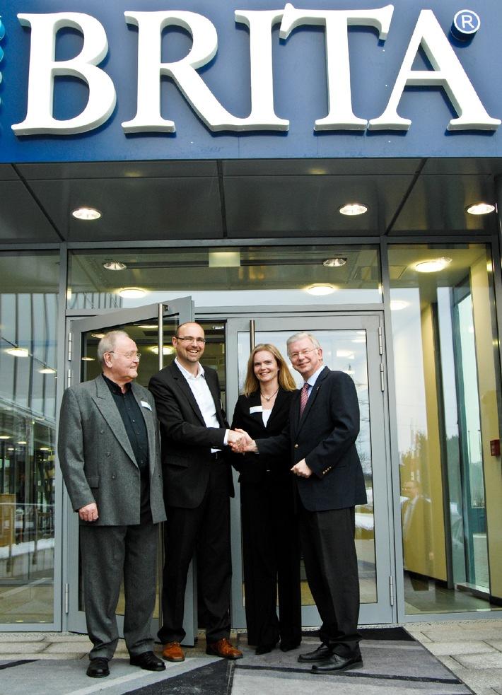 BRITA GmbH feiert offizielle Eröffnung des neuen Firmensitzes in Taunusstein mit Mitarbeitern, Politik und Industriepartnern (mit Bild)