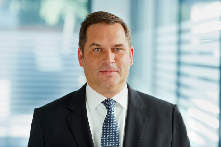 Oliver Wyman verstärkt mit Richard Hell die Manufacturing, Transportation und Energy-Practice in Deutschland