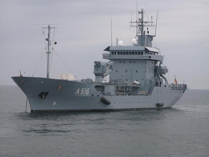 "Tender ""Donau"" wird NATO-Flaggschiff"