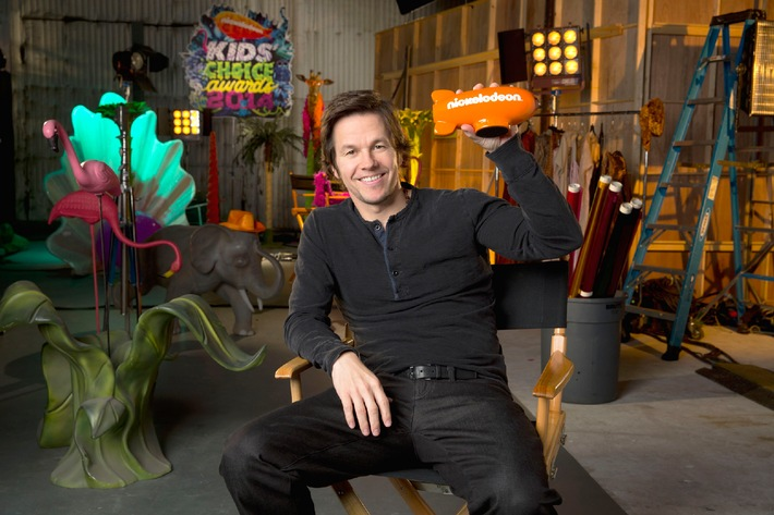 Hollywood Superstar Mark Wahlberg moderiert 27. Nickelodeon Kids' Choice Awards 2014