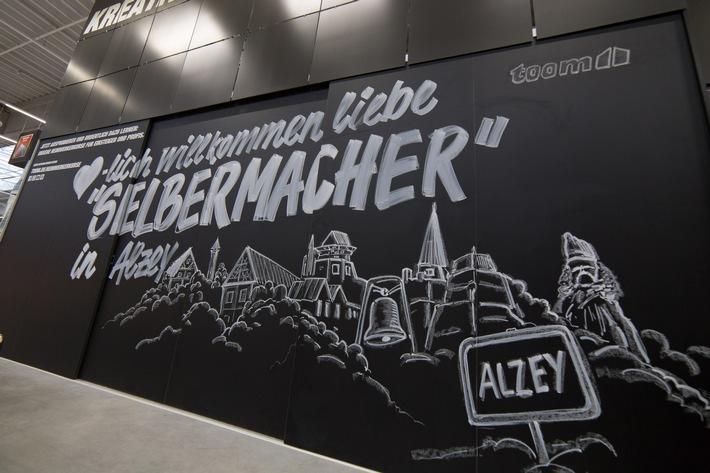 """toom setzt weiter auf """"grüne"""" Expansion / Green Building in Alzey neu eröffnet / Erfolgreiche Erstzertifizierung des Energiemanagements"""