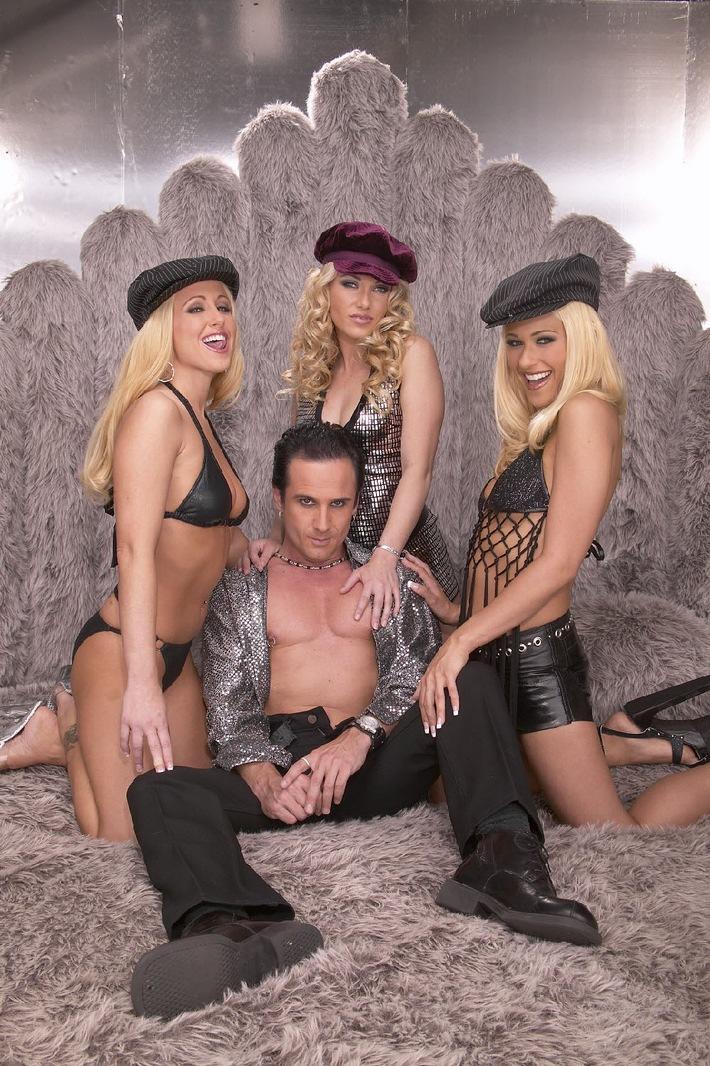 Alles Scharfe zum Geburtstag: BEATE-UHSE.TV ist sex / Programminformation März 2007