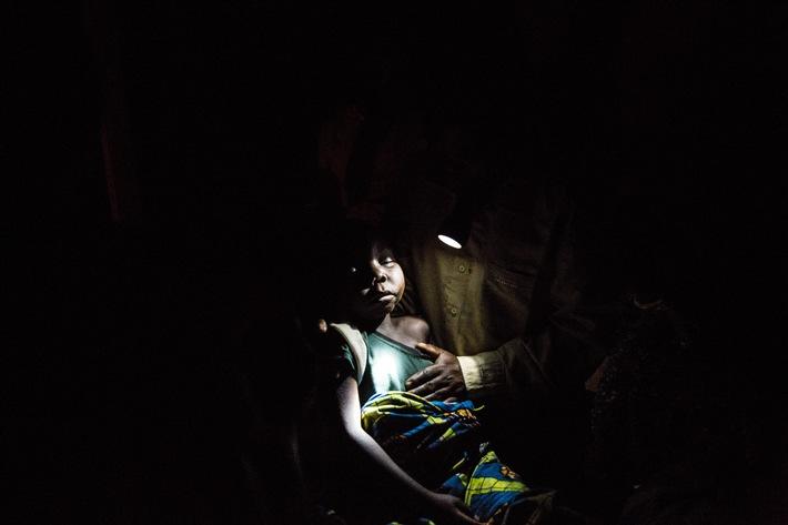 Embargo jusqu'au mardi 25 avril 2015, 00h01 / « En marche pour un monde sans paludisme » / Le Swiss Malaria Group annonce les vainqueurs de son concours photo et vidéo