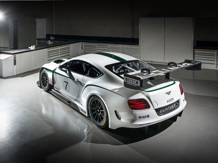 Dynamische Weltpremiere: Bentley verkündet die Daten des Continental GT3