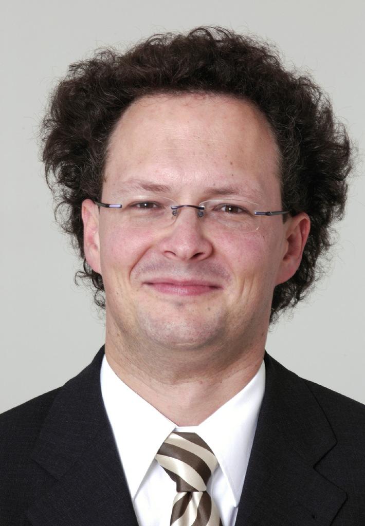 Pourvoi de la chaire de KPMG d'Audit et d'Accounting - Au semestre d'hiver 2005/2006, le Prof. Peter Leibfried prendra ses fonctions à la tête de la nouvelle chaire de l'université de St. Gall