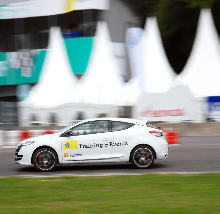Nouveau nom - nouvelle couleur: Test & Training tcs AG devient TCS Training & Events