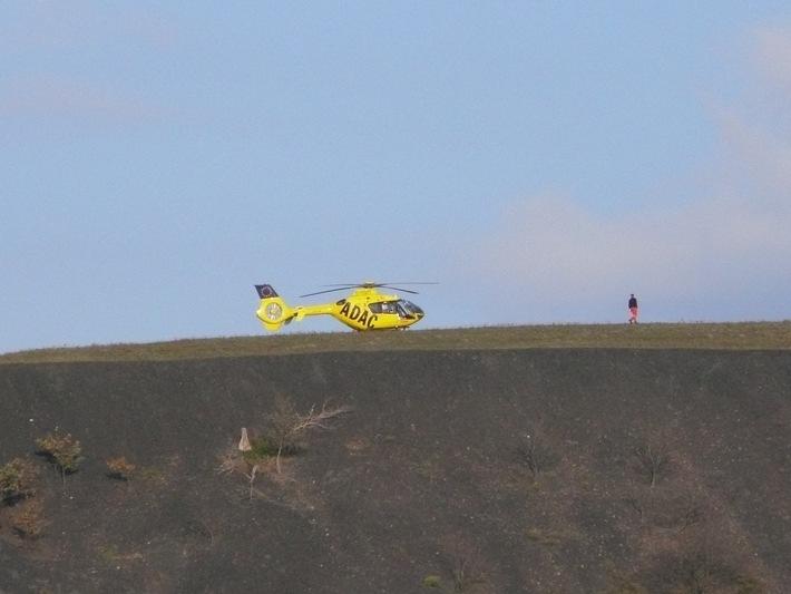 POL-DN: Gleitschirmflieger bei Absturz verletzt