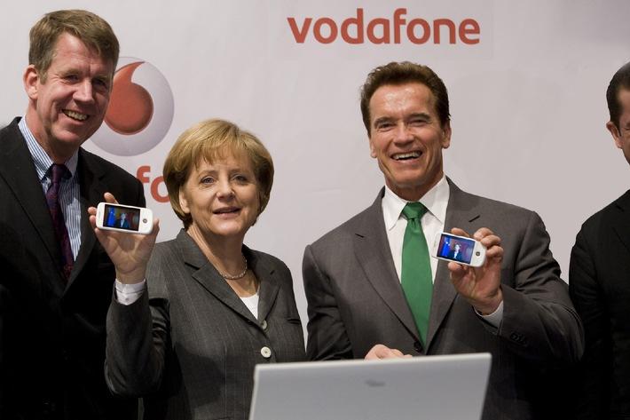 """(Korrektur: CeBIT 2009: Joussen: """"Schnelles Internet für alle zum Greifen nah"""")"""