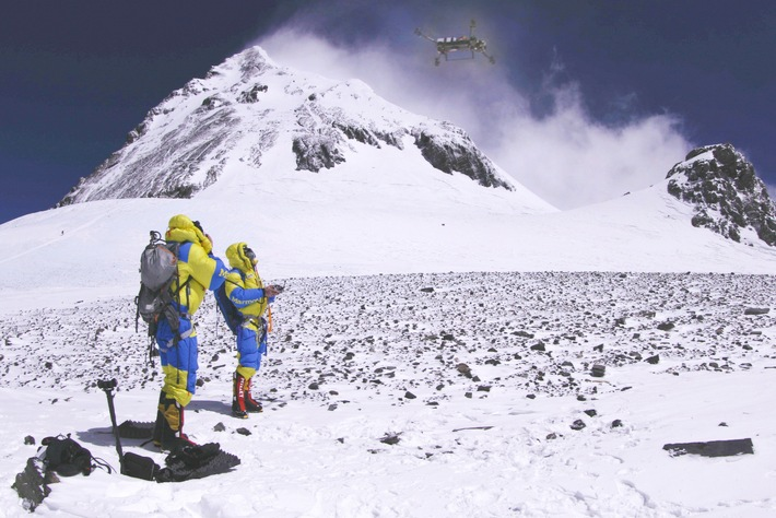 Weltrekord auf dem Mount Everest? ProSieben MAXX begleitet Extremsportler Lukas Furtenbach