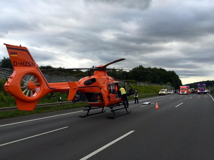 FW-GE: Medizinischer Notfall - Rettungshubschrauber auf der A 2 im Einsatz