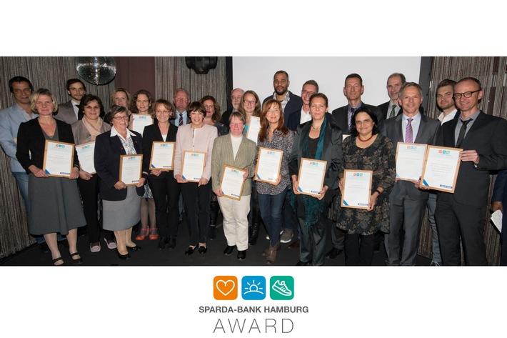 Strahlende Gewinner beim Sparda-Bank Hamburg Award 2016: 105.000 Euro für Projekte mit Zukunft vergeben
