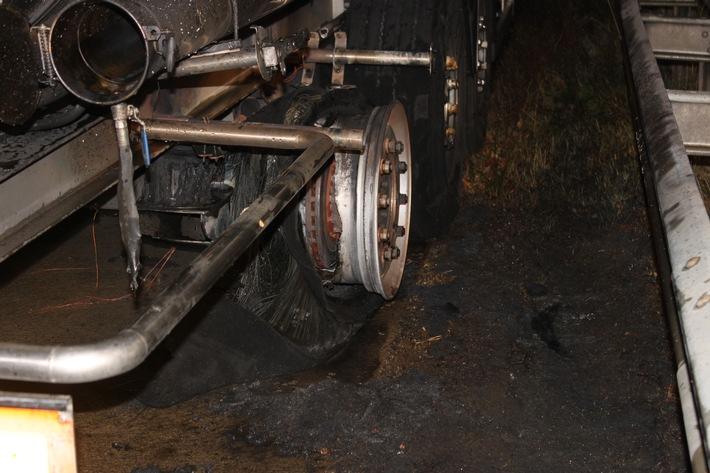 POL-PDKL: A6/Wattenheim, Lkw-Reifen geht in Flammen auf