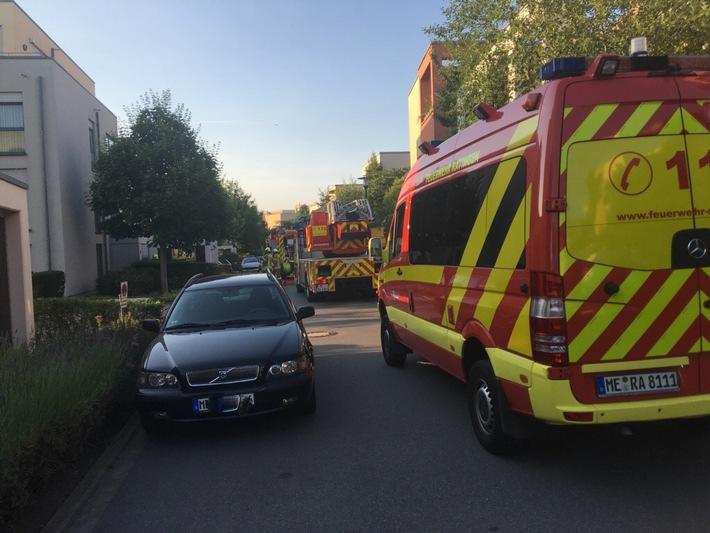 FW Ratingen: CO - Melder warnt Bewohner rechtzeitig vor gefährlicher Gaskonzentration