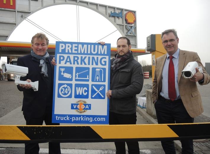 Ladungsdiebstahl entlang der Autobahn steigt rasant / Autohöfe errichten PREMIUM Parkplätze für mehr Sicherheit