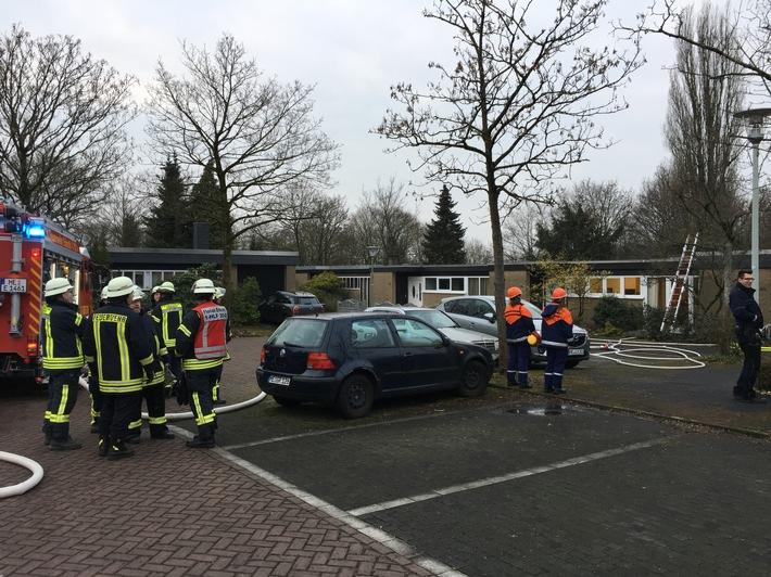 FW-Erkrath: Brand in einem Einfamilienhaus