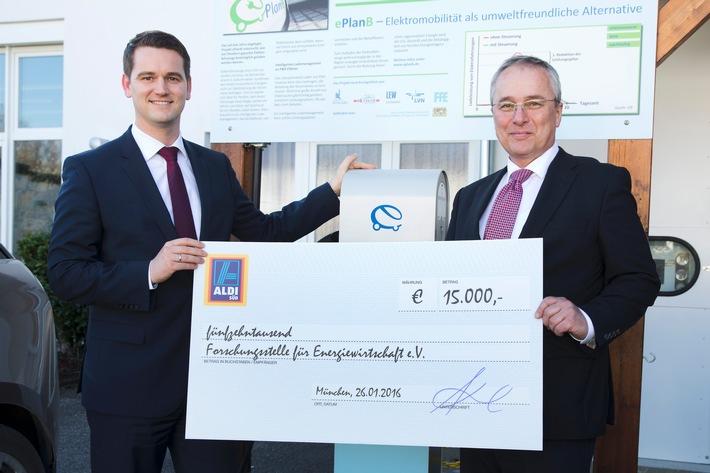 ALDI SÜD fördert mit 15.000 Euro die Forschungsstelle für Energiewirtschaft