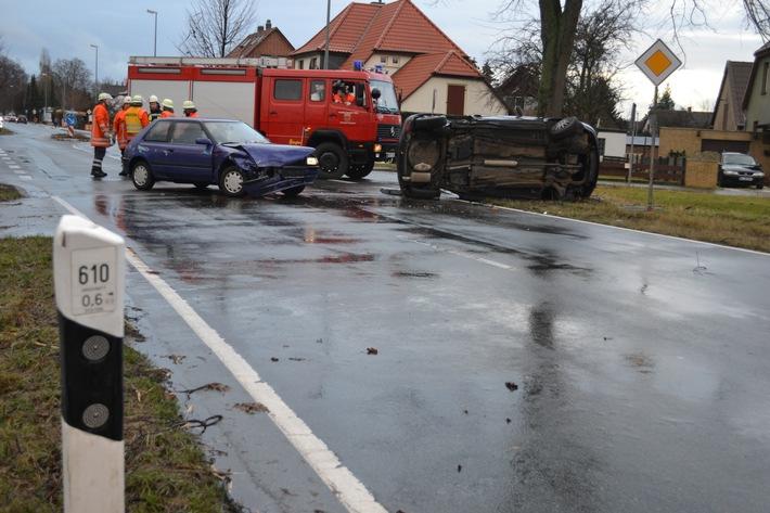 POL-HI: Schwerer Verkehrsunfall auf der B 1