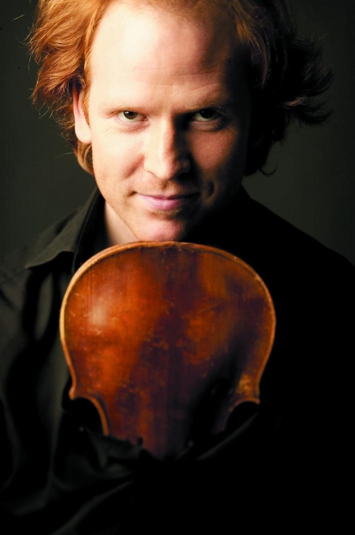 Migros-Kulturprozent-Classics 2010/2011  Britischer Stargeiger Daniel Hope auf Tournee durch die Schweiz