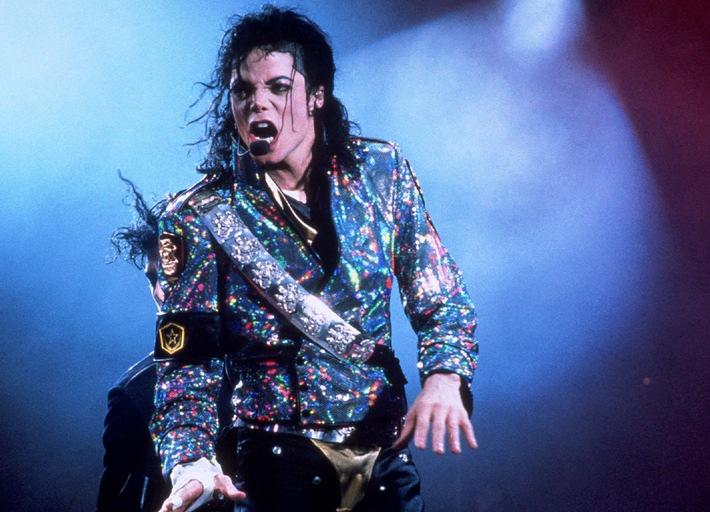 """1958 - 2009. """"Die Akte Michael Jackson - Ein Blick hinter die Maske des King of Pop"""" am Mittwoch, 11. November 2009, um 23.20 Uhr als deutsche Erstausstrahlung bei kabel eins"""